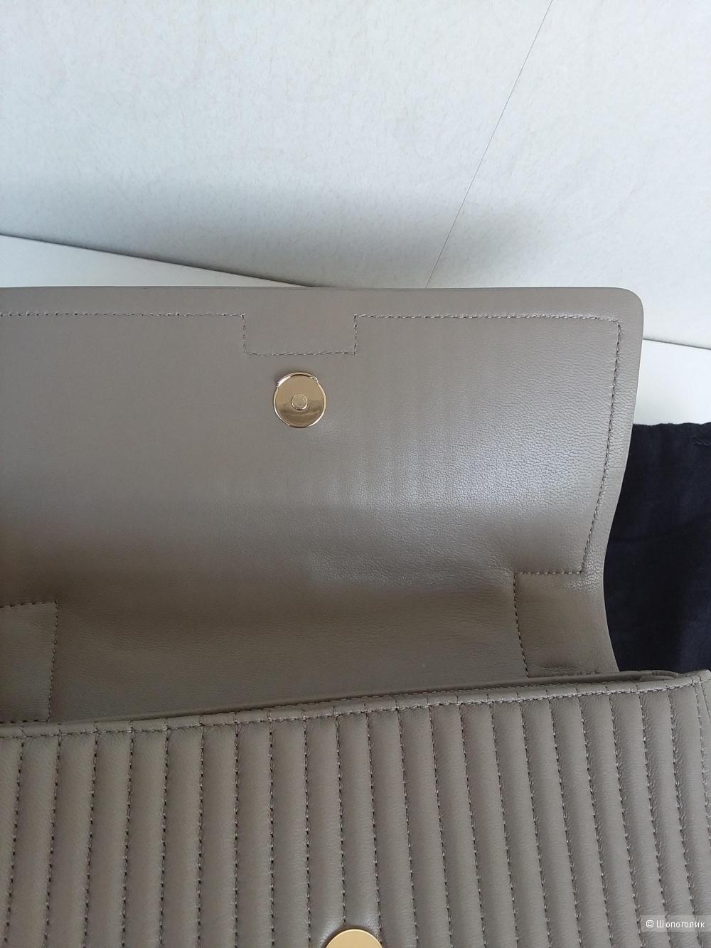 Женская сумка из натуральной кожи DKNY