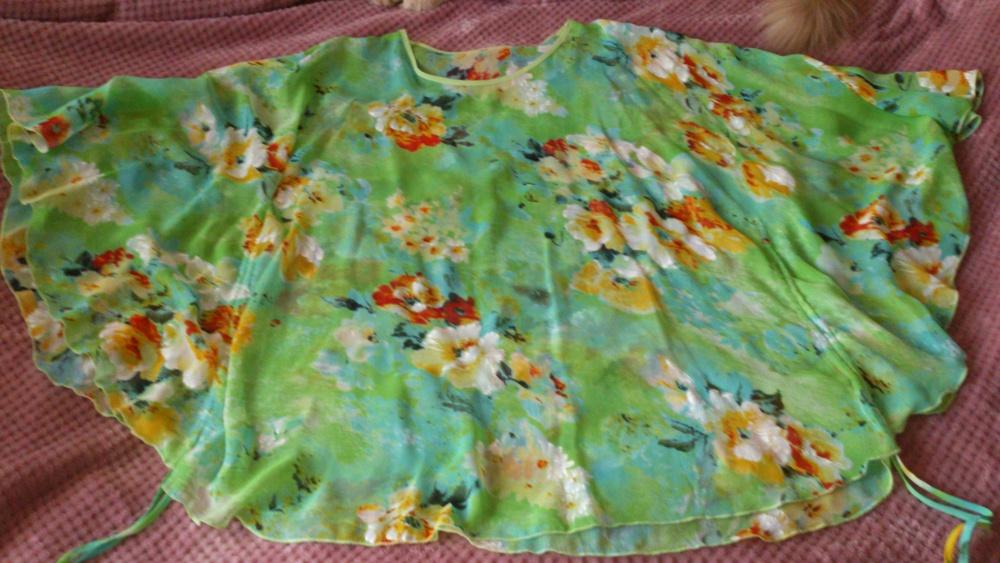 Блузка - туника, размер от 48 до 56 = One size