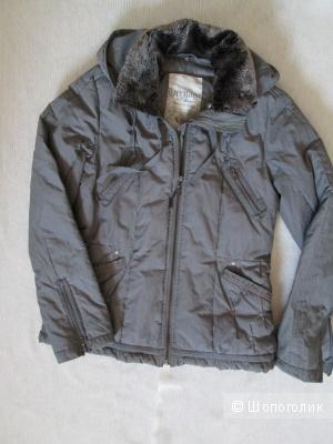 Куртка S.Oliver  р. 36(42)+