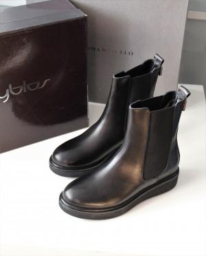 Ботинки Byblos размер 36