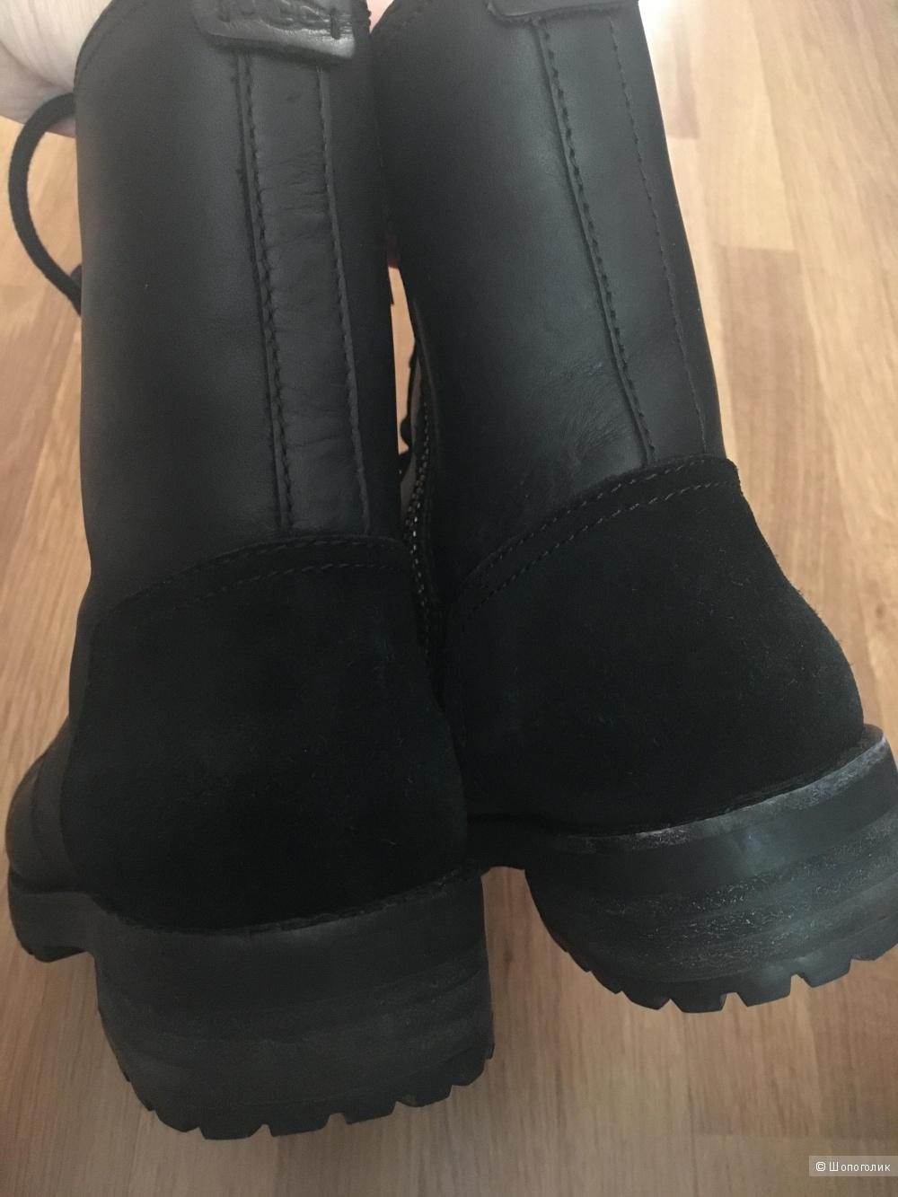 Ботинки UGG размер 38,5
