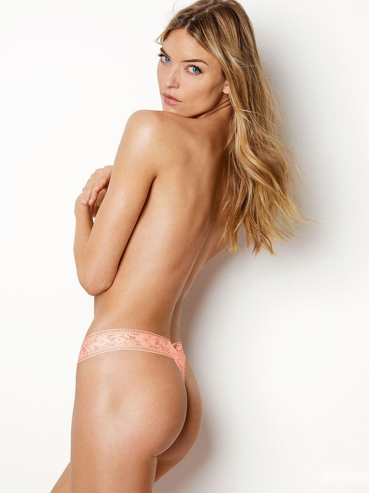 Кружевные стринги Victoria's Secret, размер S (сет из 3 штук)