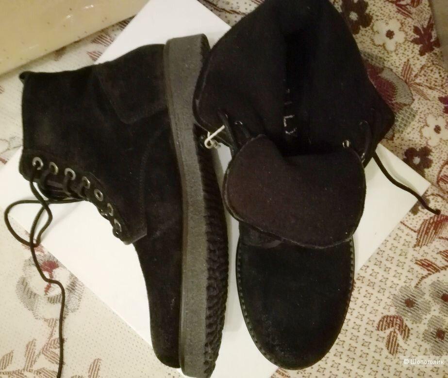 Ботинки MALLY  40 размер