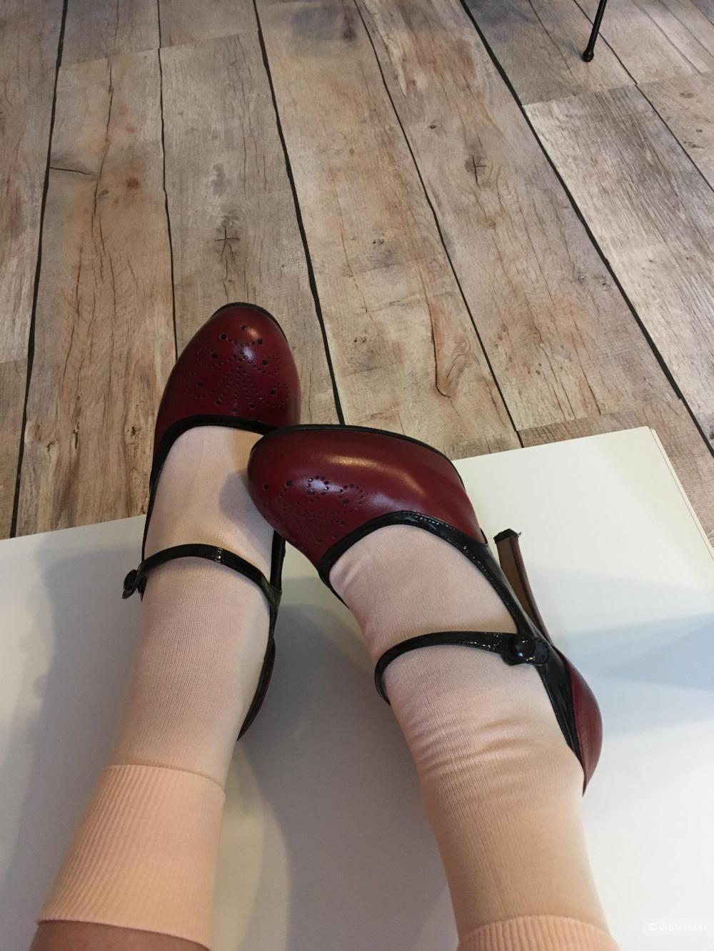 Туфли ETRO, размер 37