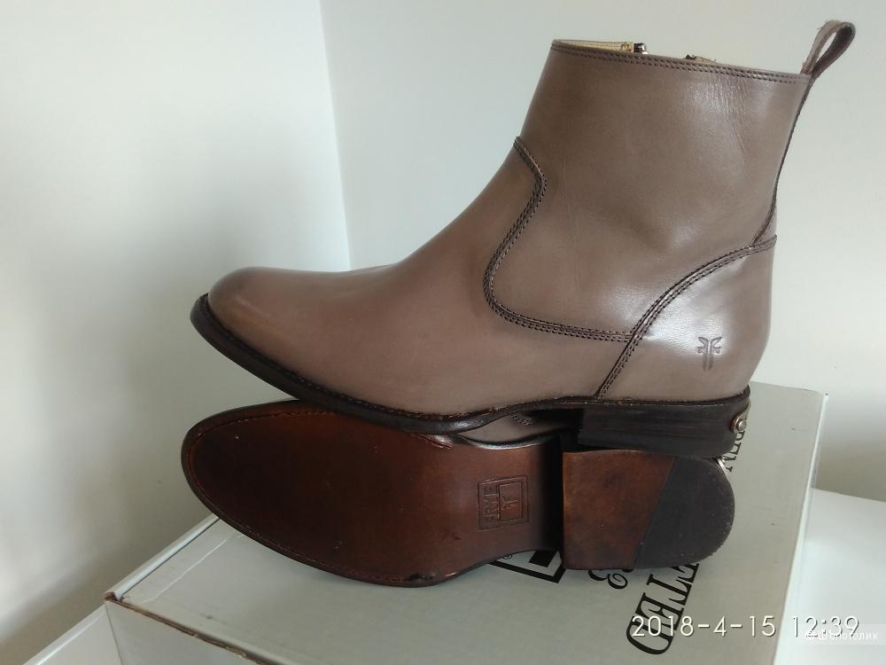 Ботинки кожаные The FRYE Company 38 размер