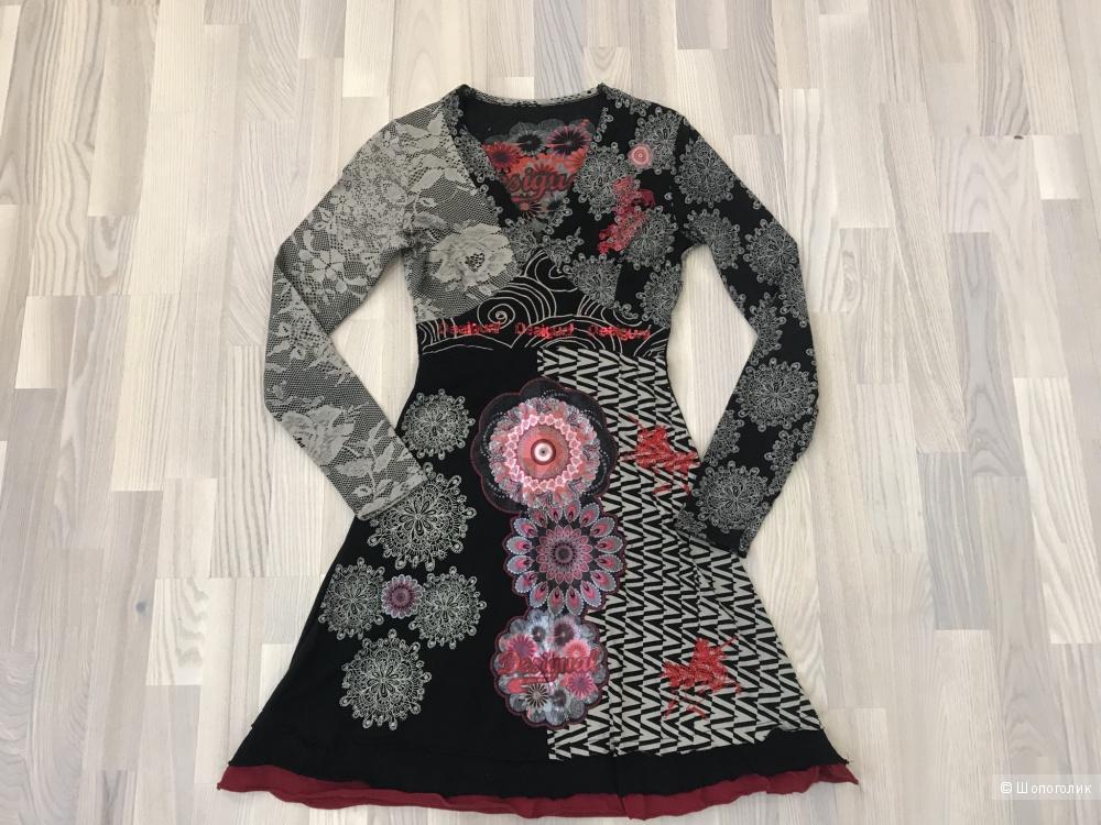 Платье Desigual, размер S.