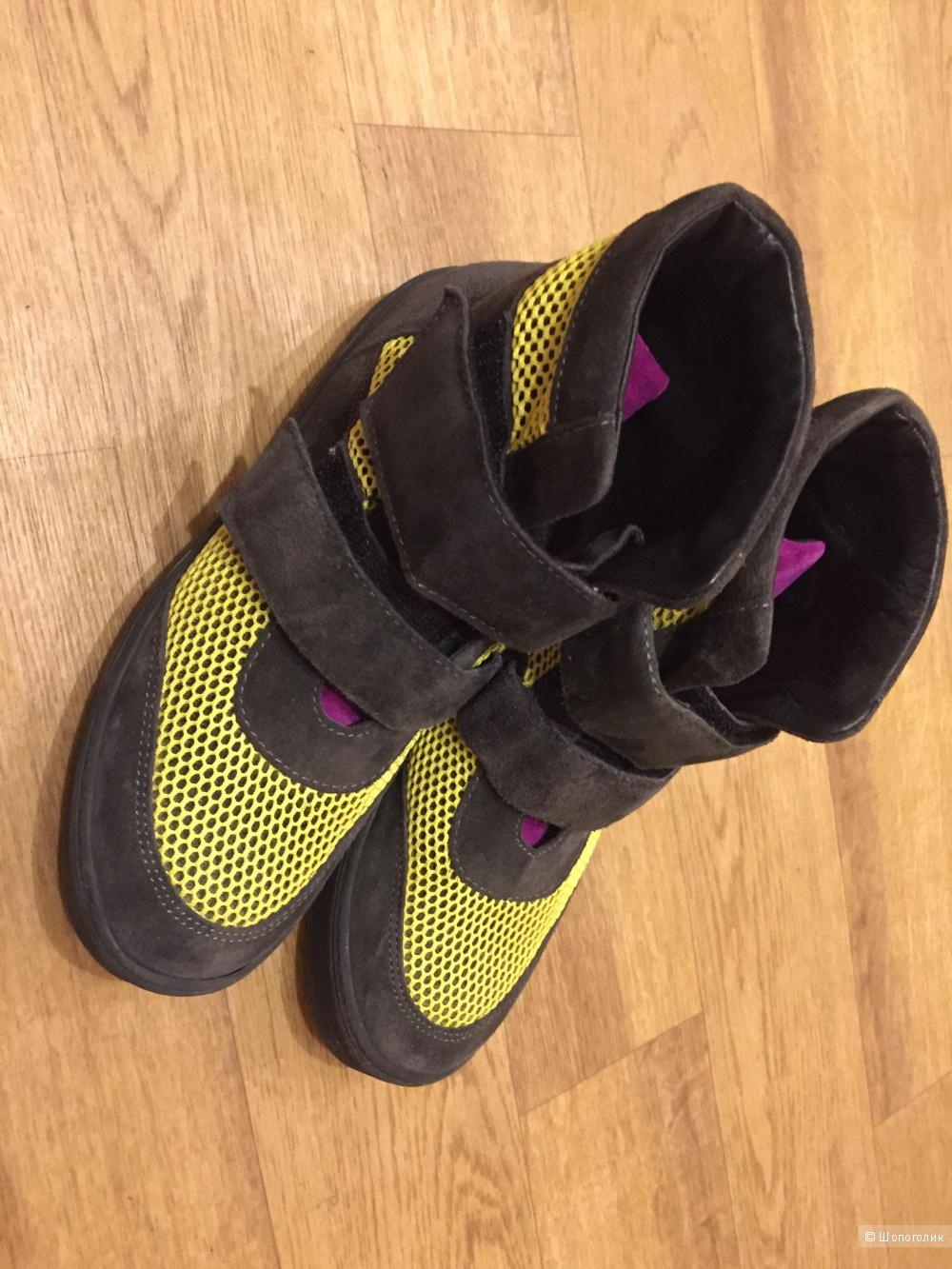 LE STELLE,ботинки подростковые ,35-36 р-р