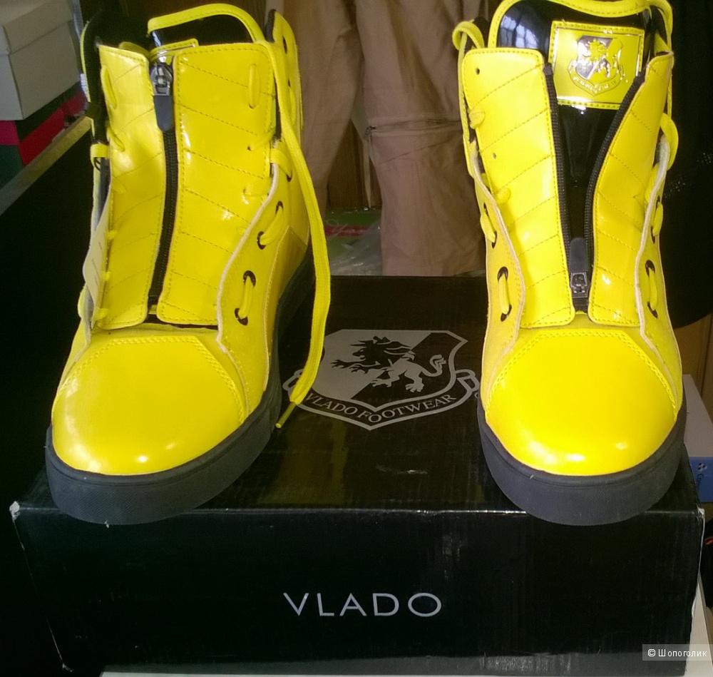 Кроссовки VLADO 42-43 размер