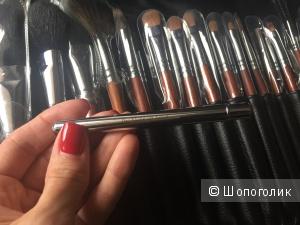 Make up artist профессиональные кисти в кожаном футляре