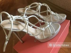 Туфли Giorgio Armani 39 размер