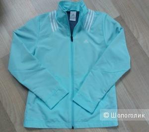Куртка adidas размер 42-44