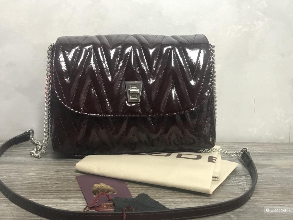 61c21b38619f Сумка-кроссбоди Gaude. Новая сумка Gaude из натуральной лаковой кожи ...