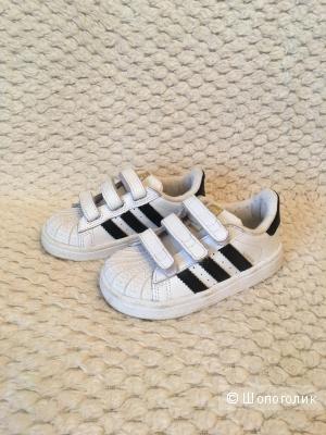 Кроссовки Адидас размер 22
