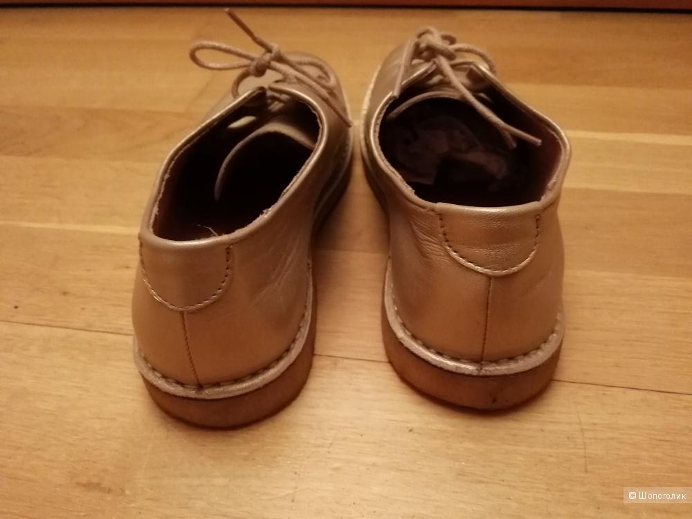 Туфли KicKers 37 размер