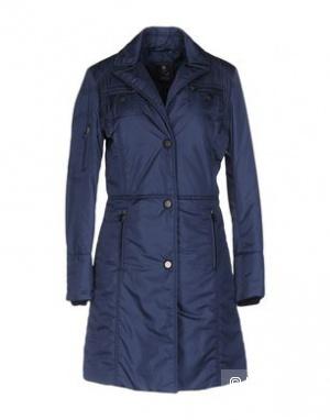Лёгкое пальто FAY (Италия), размер S