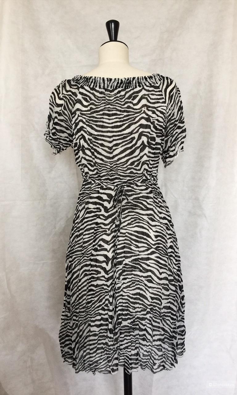 Платье  Byoung размер 48-50