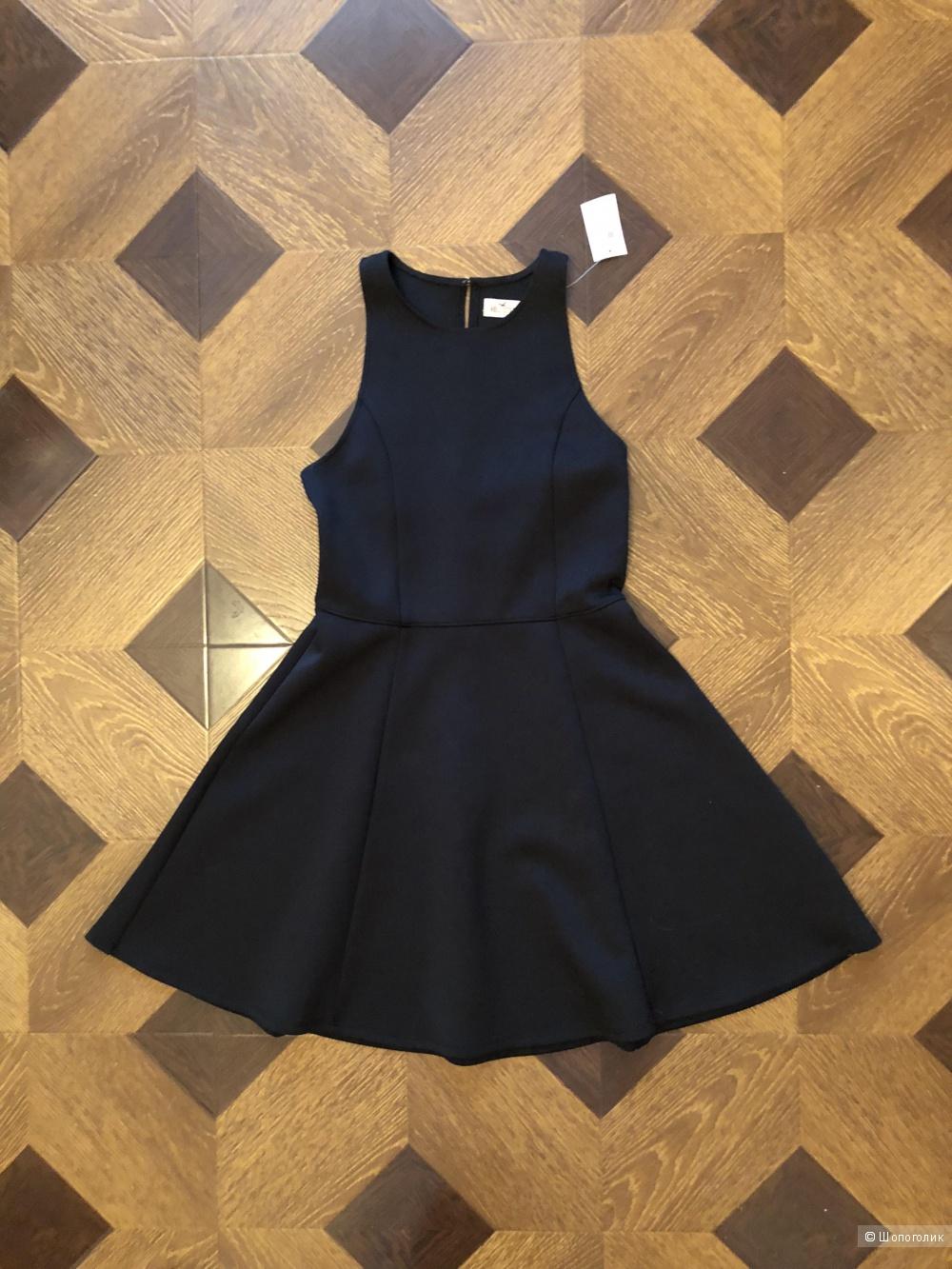 Платье  holister , размер s