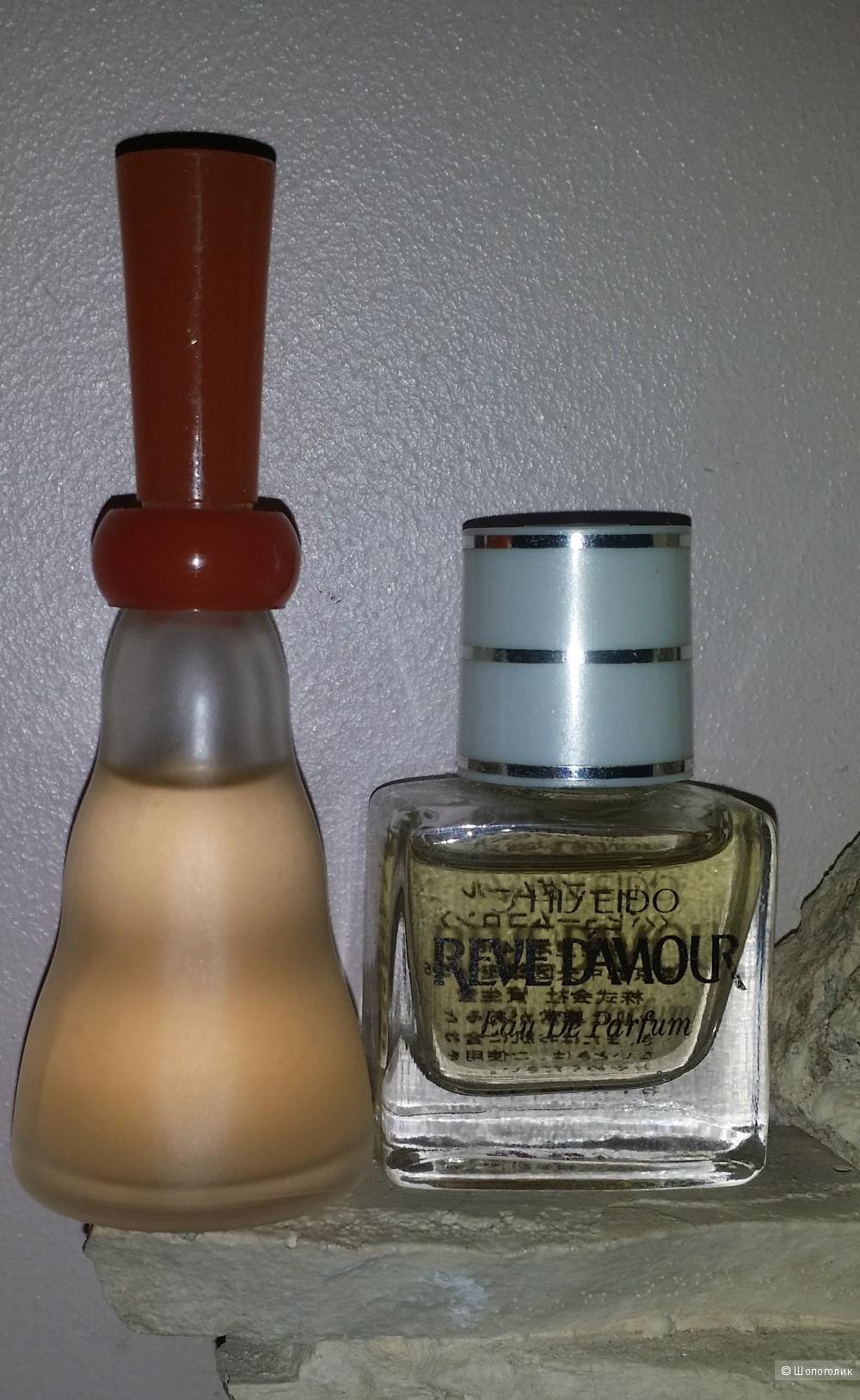 2 миниатюры от  Shiseido: We're 5 ml и Reve d'Amour 4 ml