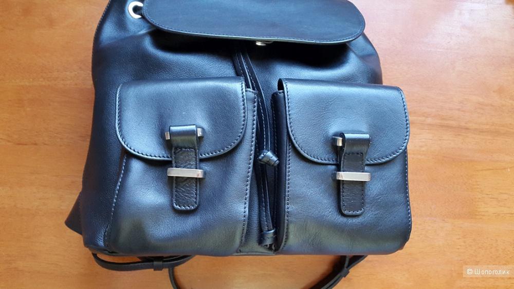 Кожаный рюкзак Massimo dutti.