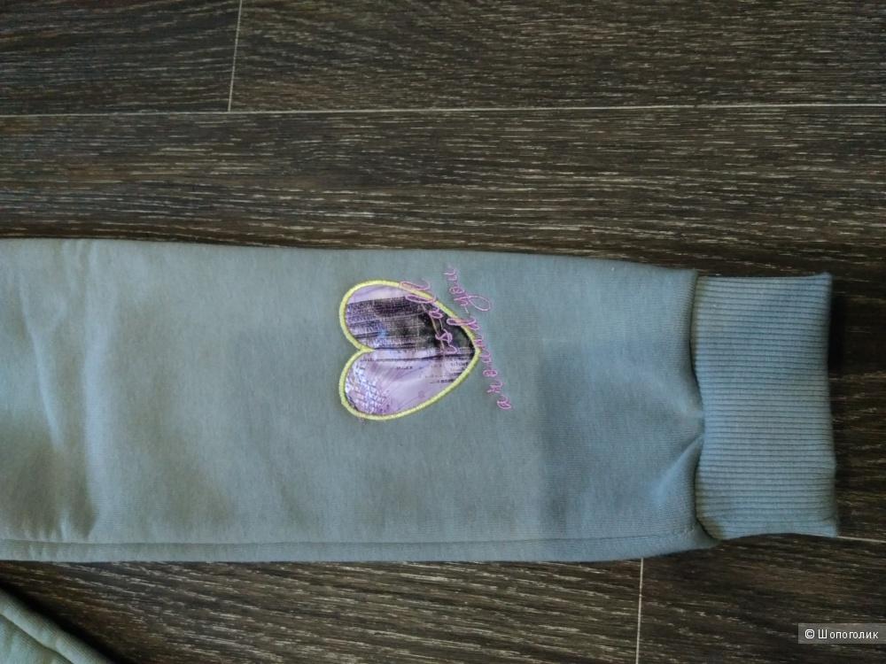 Костюм Ovas размер 104-110 см.