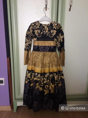 Платье для девочки. Рост125-140 см.
