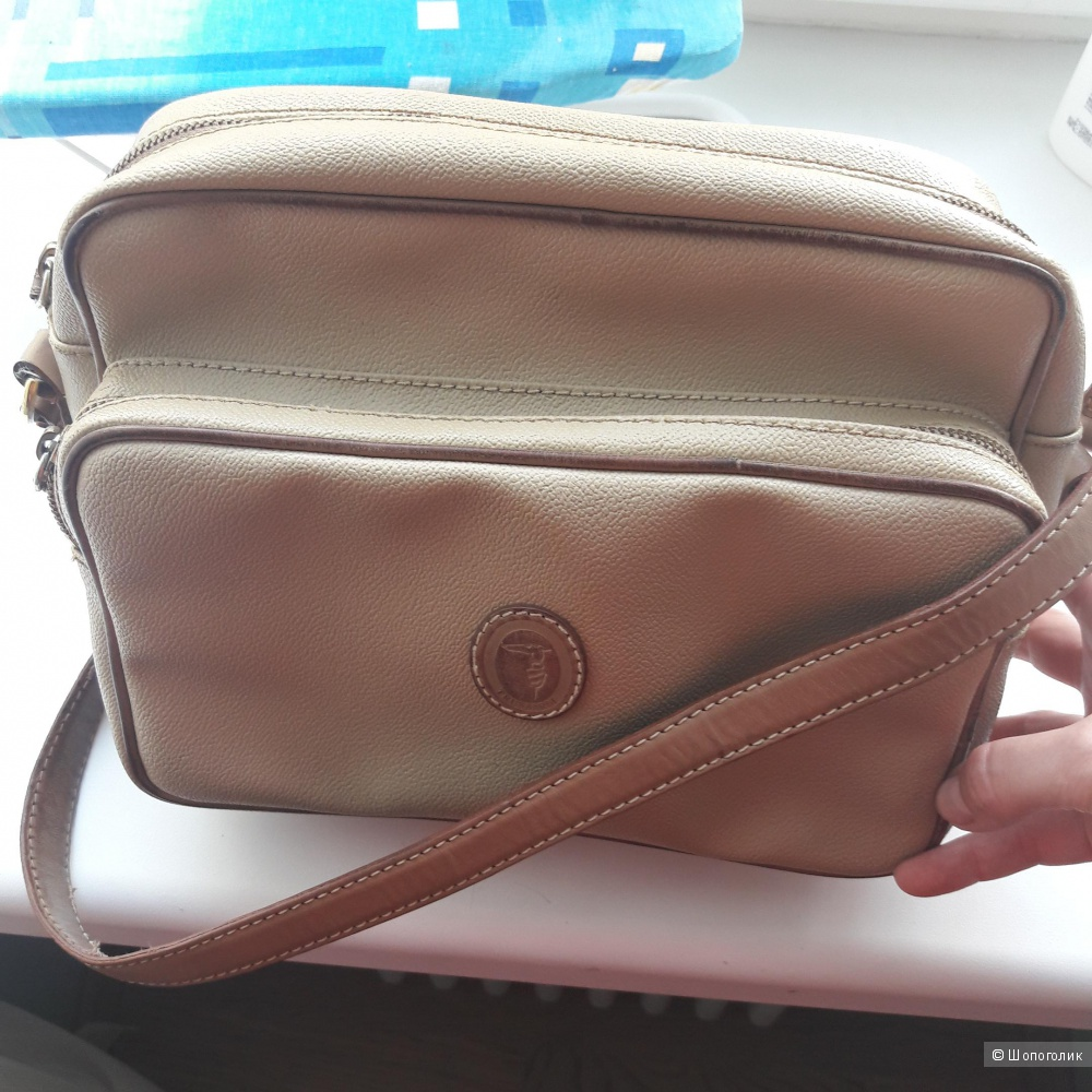 Кожаная сумка Trussardi