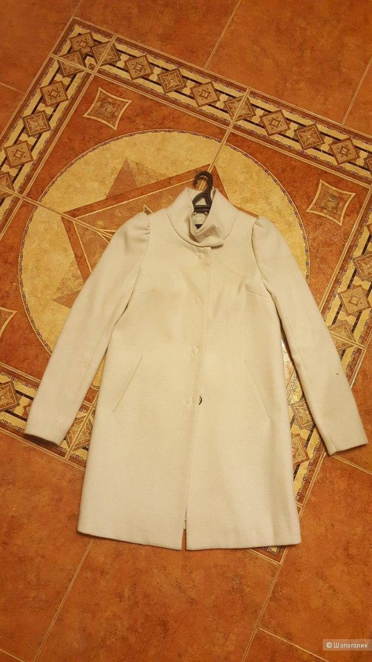 Пальто Kira Plastinina 42-44(-46)