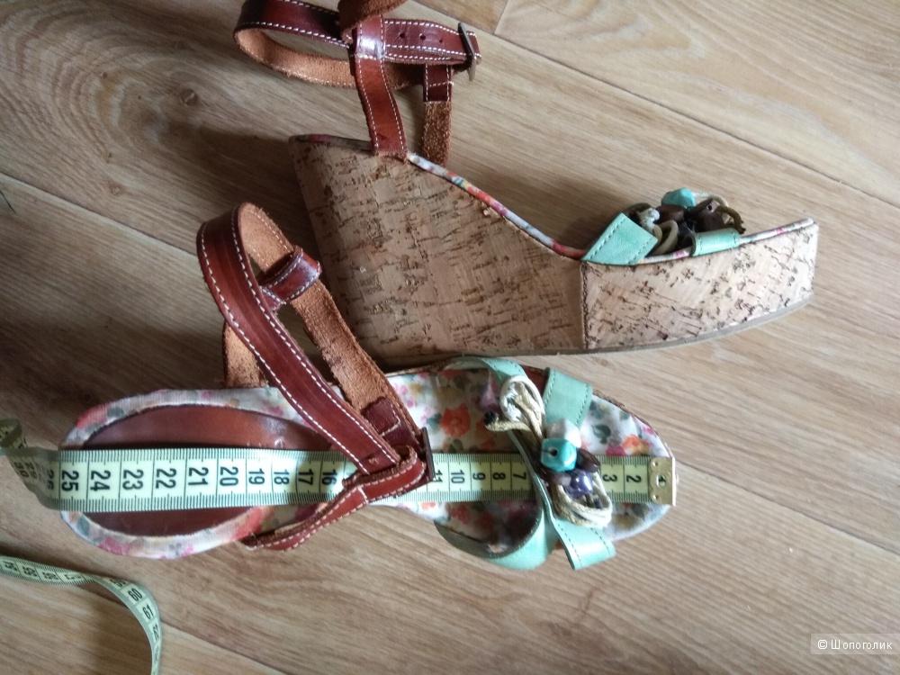 Босоножки Alessia Martini 39 размер Италия