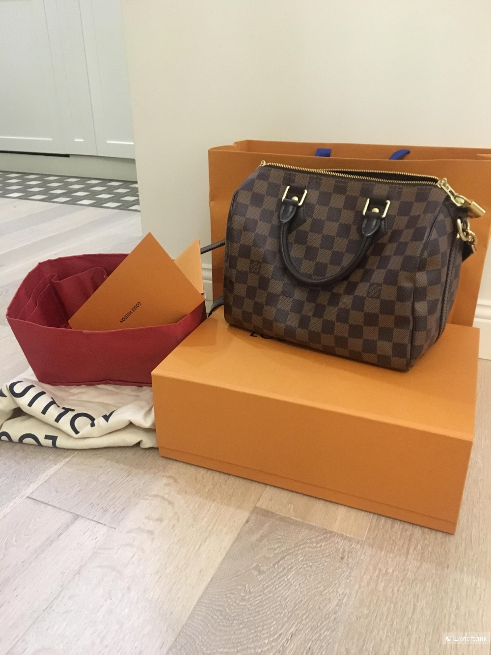 Louise Vuitton speedy 25 с ремнём