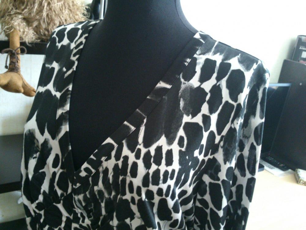 MARC CAIN, шелковая блузка. Размер: 5 (на 48 размер).