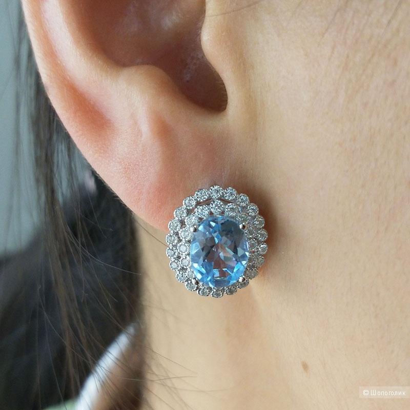 Серебряные серьги с голубым топазом и фианитами