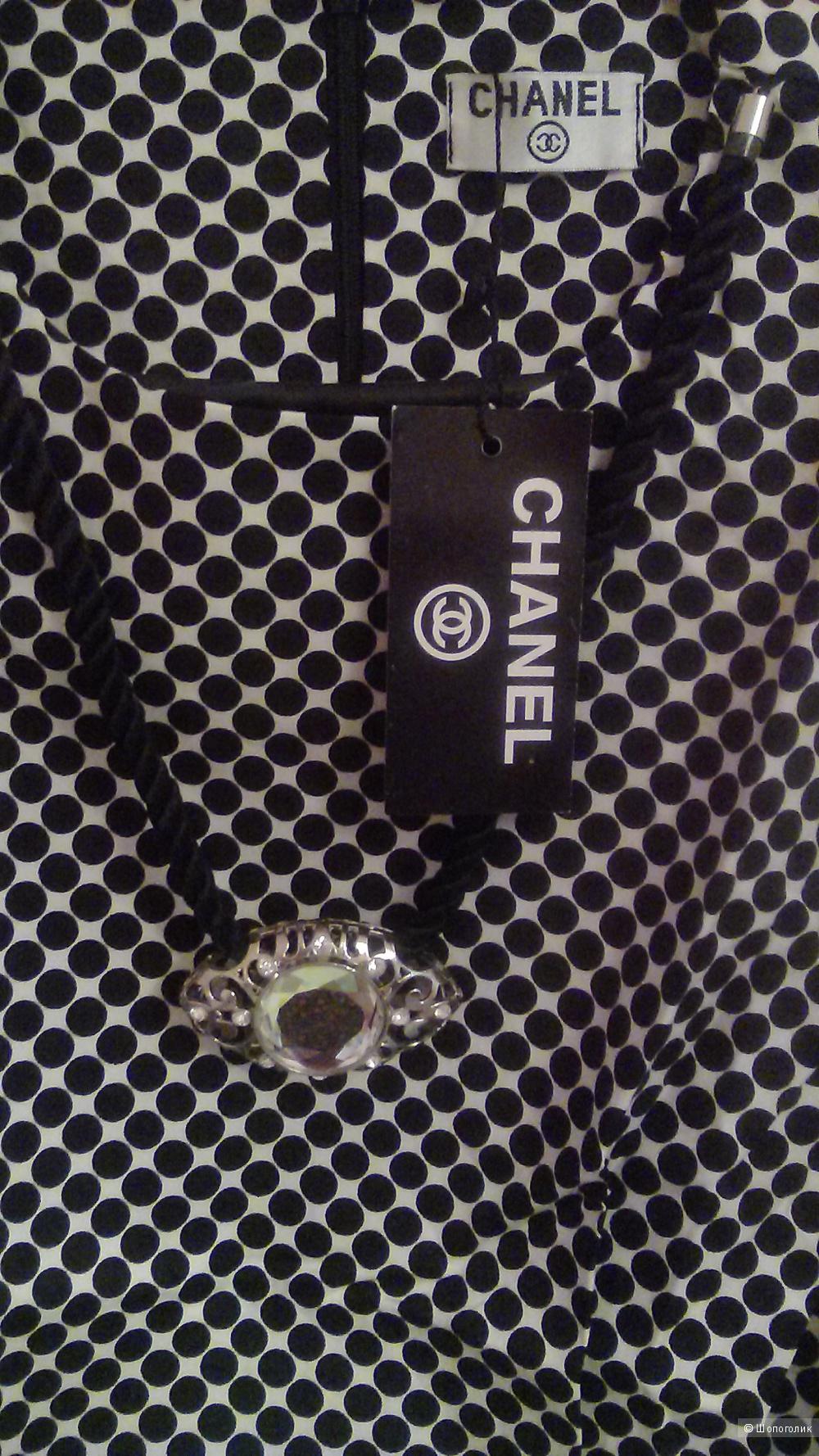 Блузка  CHANEL ,  размер  L.