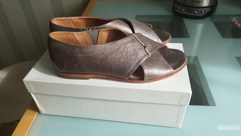 Туфли Riccardo Cartillone 36 размер