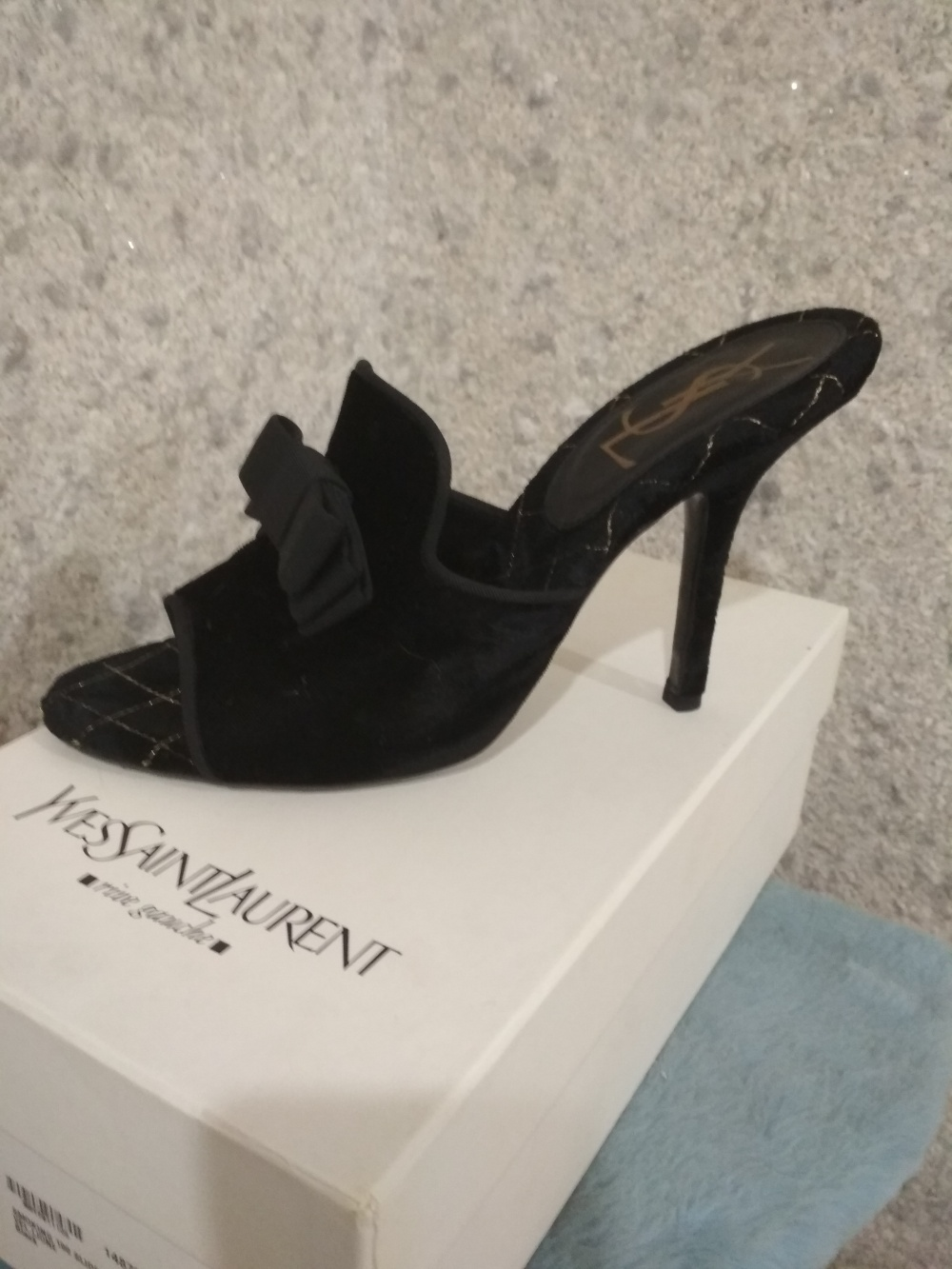 Босоножки Yves Saint Laurent rive gauche 40 размер