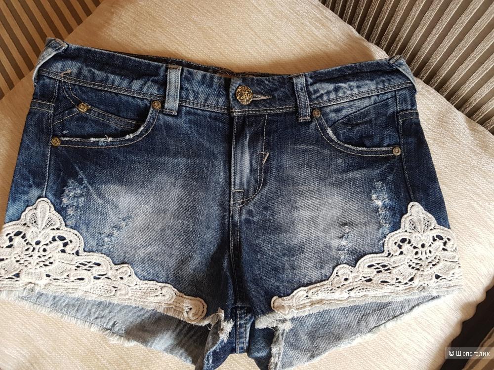 Джинсовые шорты Bershka, 34 размер