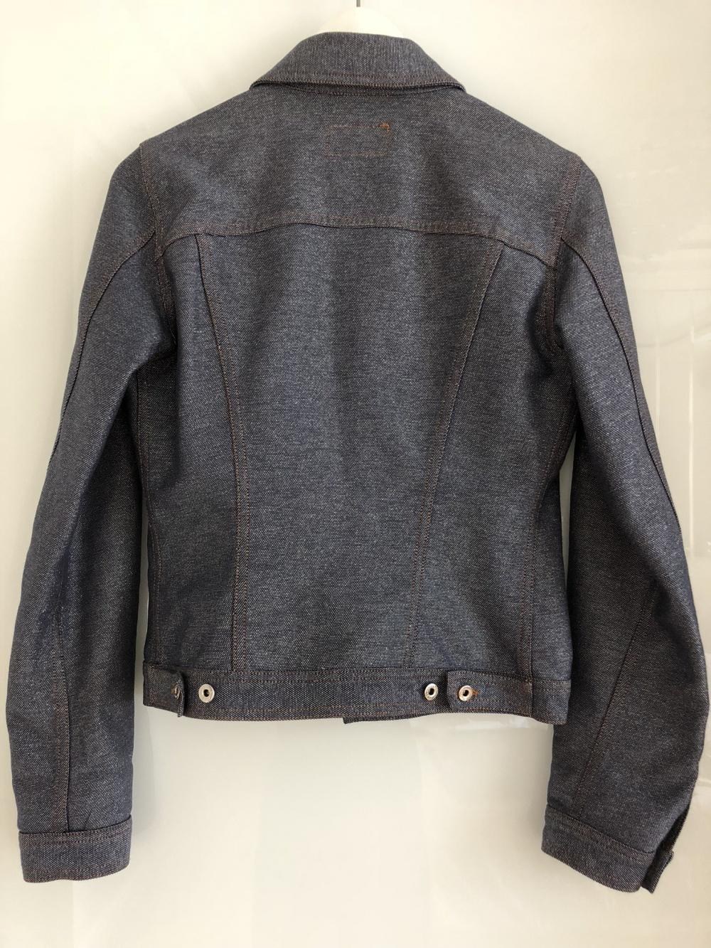 Джинсовая куртка Dolce & Gabbana размер 42