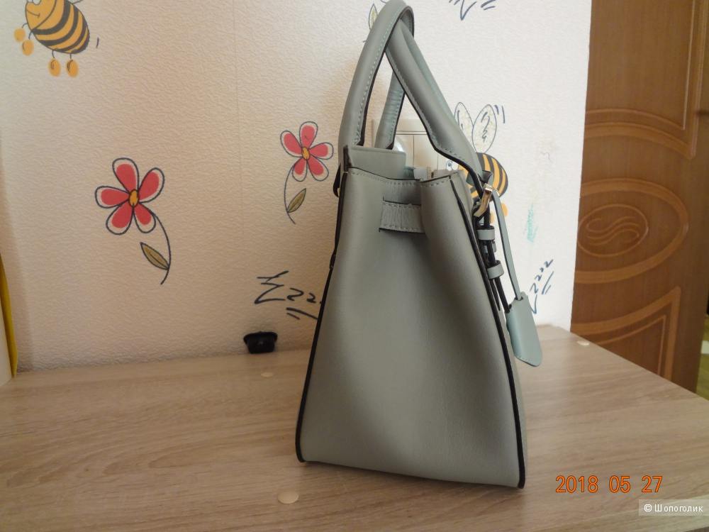 Кожаная сумочка с yoox