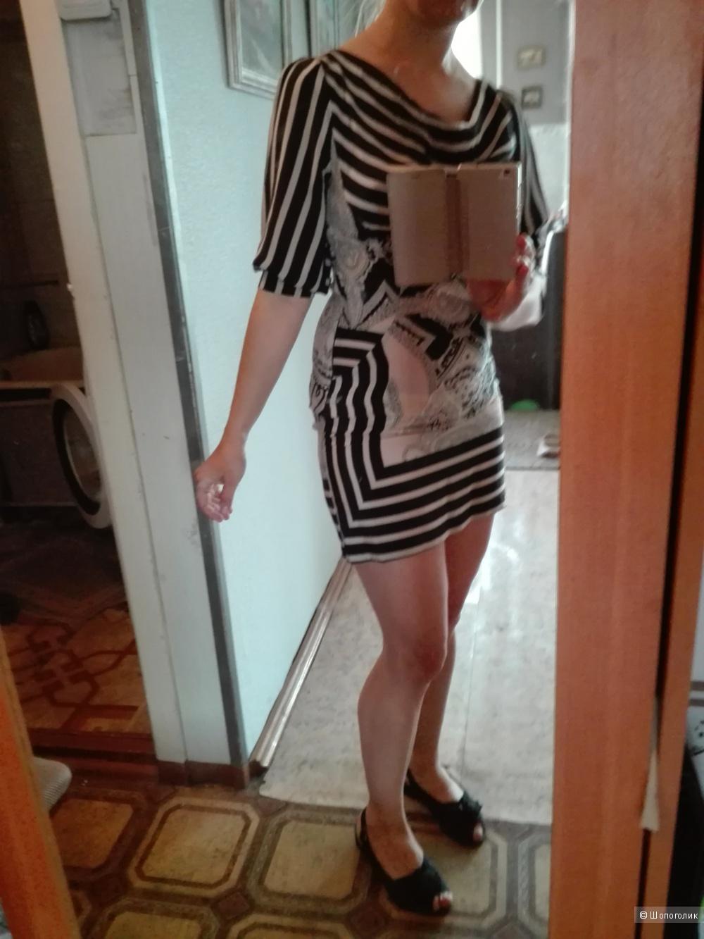 Платье 42 р. No name. Шелк.
