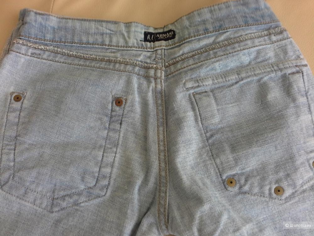 Джинсы Armani jeans , размер  S.