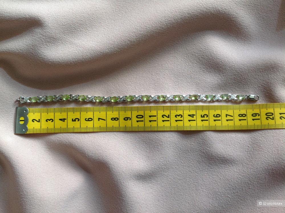 Серебряный браслет с хризолитами и бриллиантами