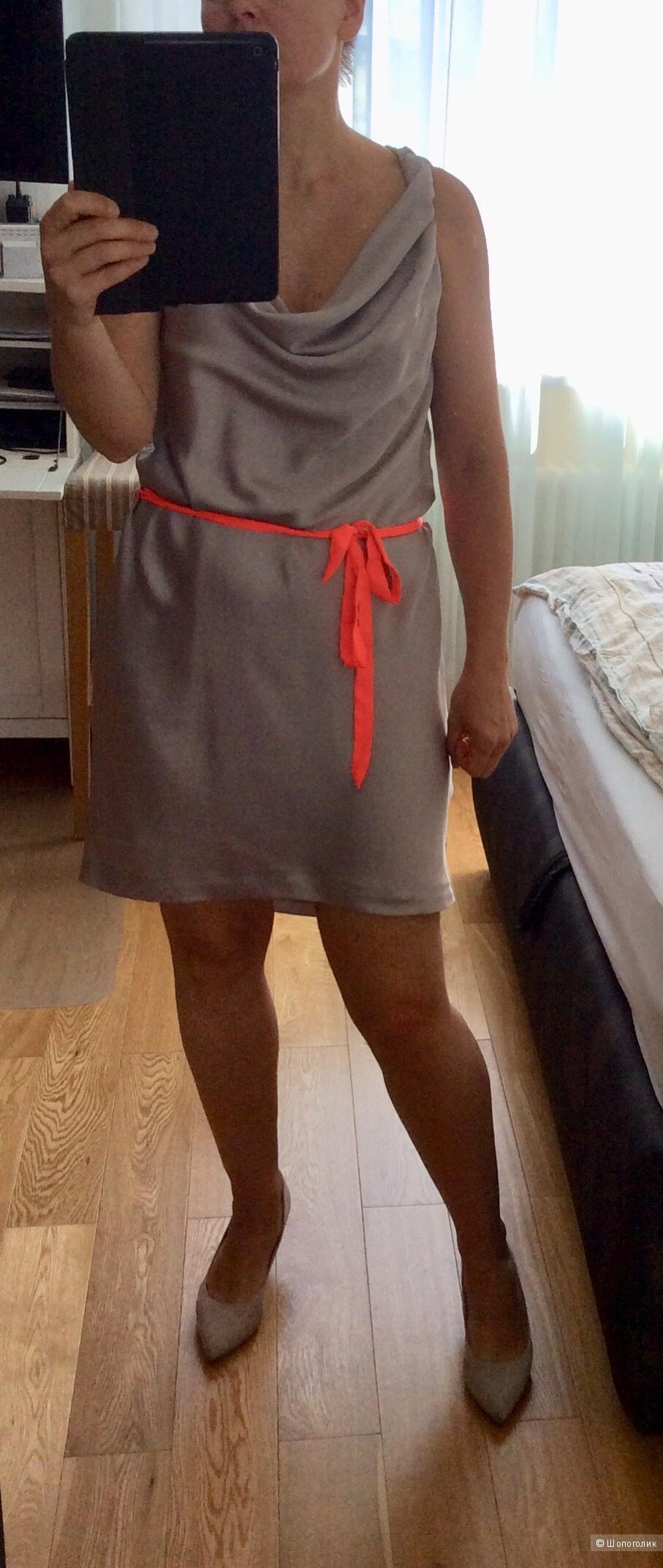 Платье H&M р.42 (на 48-50)