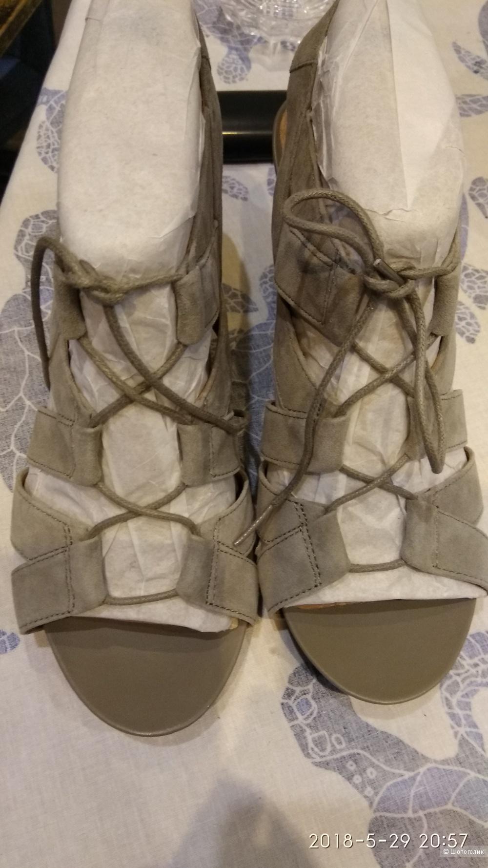 Босоножки CLARKS Artisan Acina Chester Wedge Sandals , размер 9,5