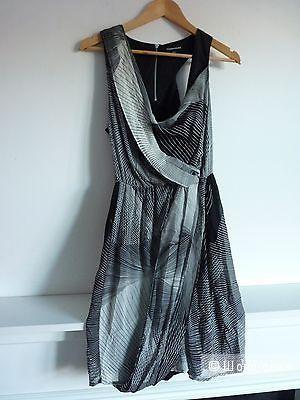 Платье из натурального шелка Warehouse UK 10