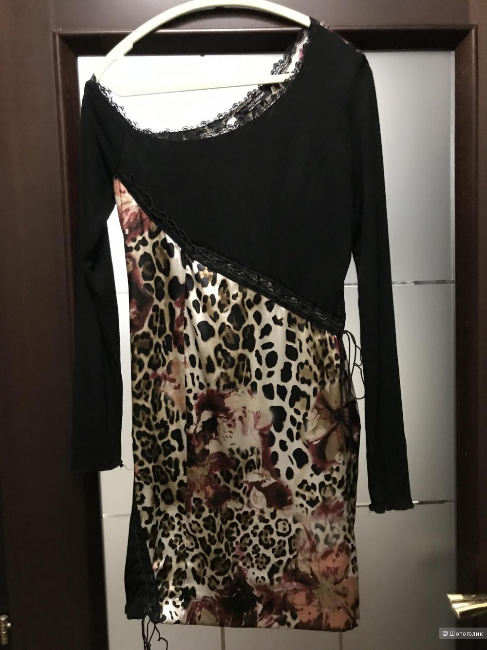 Платье Rita Degli Esposti, р.М
