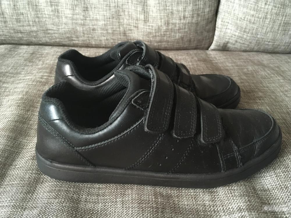 Туфли на мальчика Clarks, размер 34