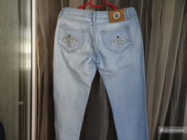 "Джинсы ""Versace jeans couture"", размер 28"