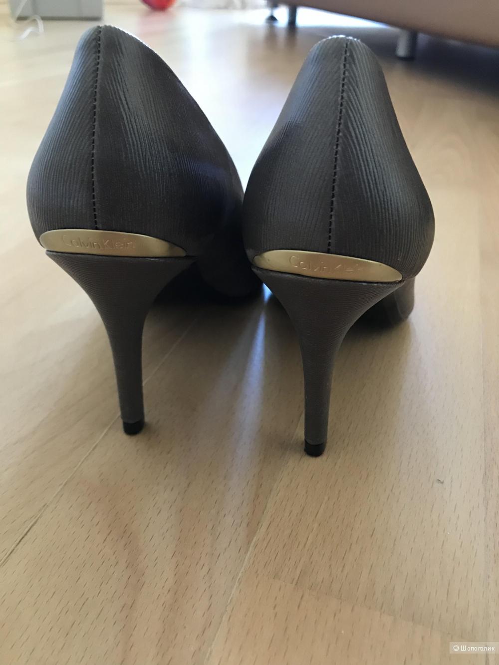 Туфли Кельвин Кляйн 35 размер