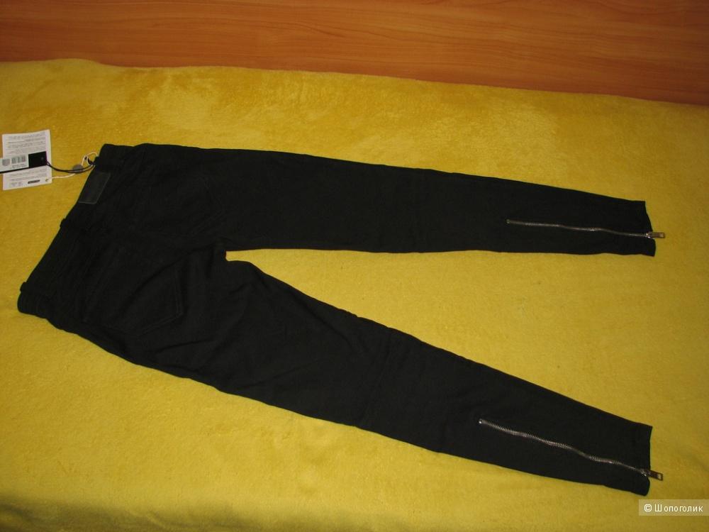 Зауженные брюки DIESEL, размер 27