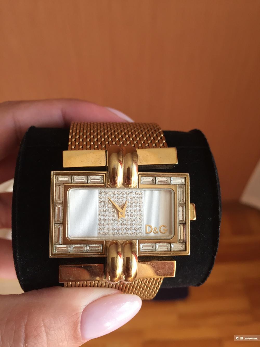 Часы женские D&G