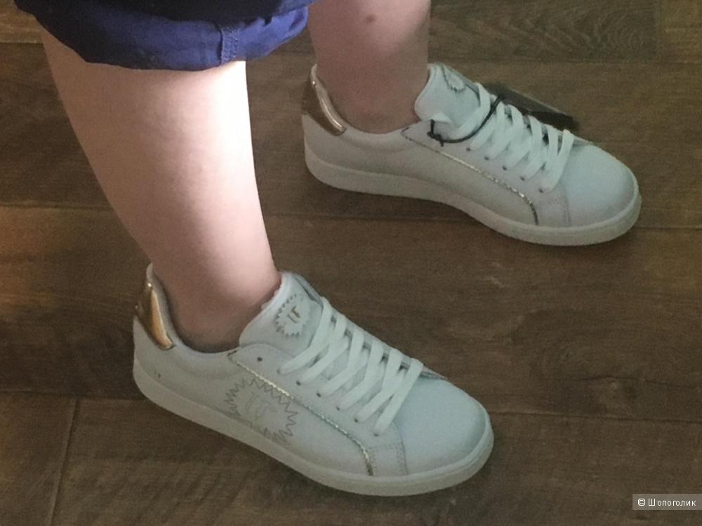 Кроссовки Trussardi Jeans,37 размер